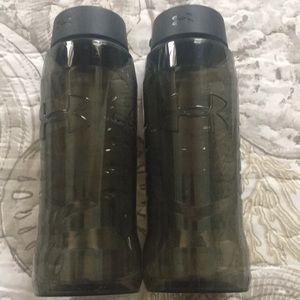 2 Under Armor water bottles 32 oz